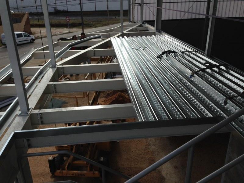 Forjado estructura metalica awesome las uniones son for Forjado estructura metalica